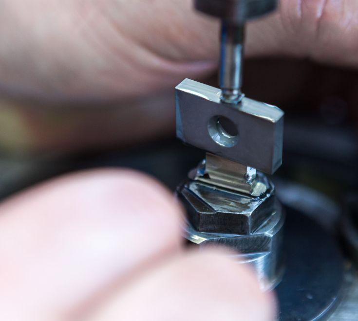 TAU TOOLS produce inserti speciali e utensili speciali a disegno